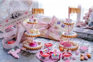 Valentine's Day Miniature Cookie Etageres